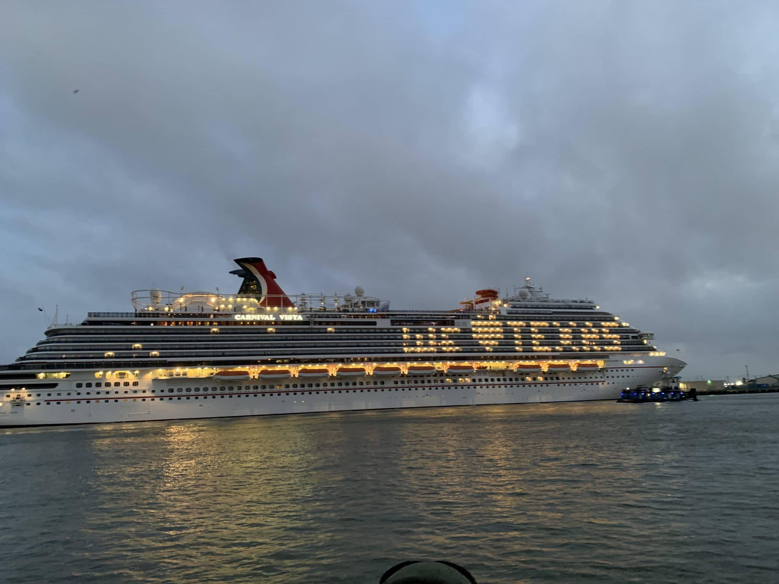 carnival-cruise-we-love-texas